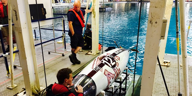 IMarEST Inspires Next Generation of Engineers with a Submarine Challenge